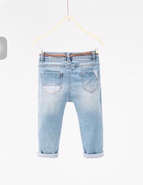 577: Hàng mới on web. Sz 9/12 tháng - 3/4 tuổi. 1 ri 10 quần trộn size. 1 màu.